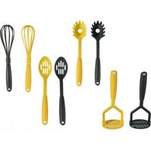 Przybory kuchenne - trzepaczka, łyżka cedzakowa, do makaronu, ugniatacz